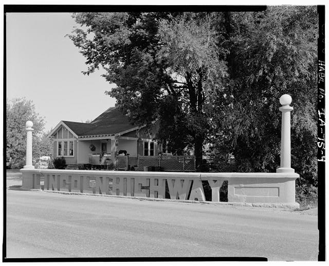 The Lincoln Highway Bridge in Tama, Iowa, taken sometime after 1968. (Historic American Engineering Record photo via Library of Congress >>)