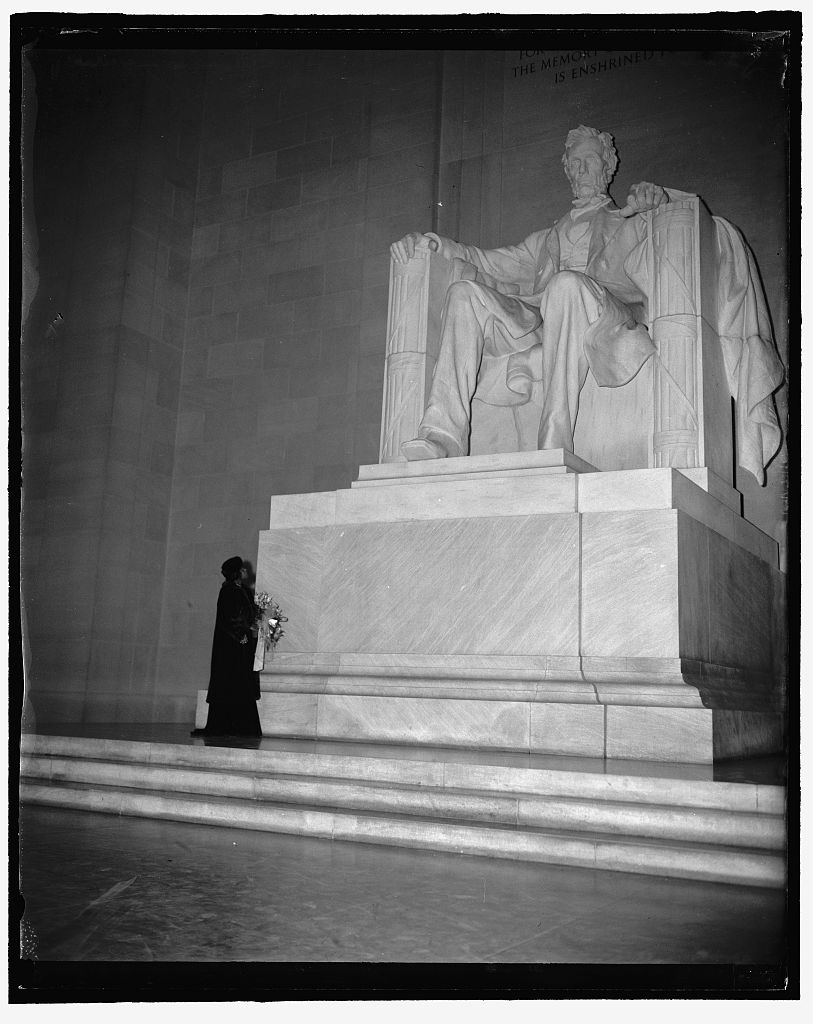 Singer Marian Anderson views the great statue of Lincoln after singing on the steps of the Lincoln Memorial. (Photo from the Harris & Ewing Collection at the Library of Congress)