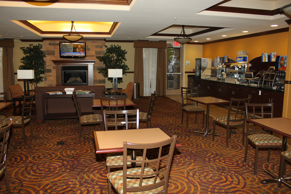 This Holiday Inn Express breakfast room/lobby area is in Fresno, Calif., but generally looks like any other location. (Photo by Flickr user Prayinto via CC by 2.0 >>)